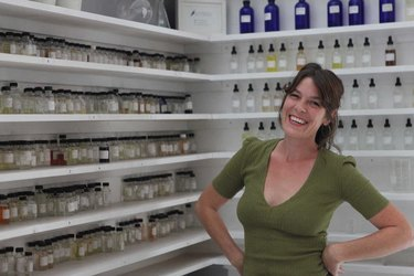 Saskia Wilson-Brown at the Institute for Art and Olfaction