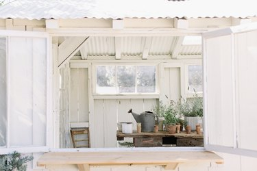 Garden shed with plants from Bodega Los Alamos