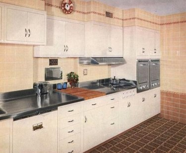 1950s kitchen with brown and tan tile