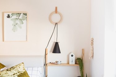 Hanging paper wall lamp