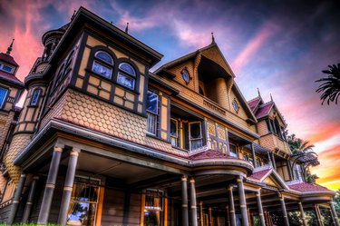 exterior of Winchester Mystery House