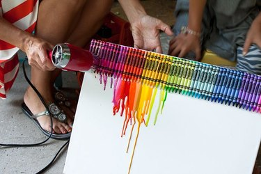 diy crayon art