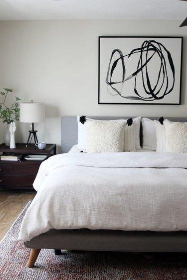 zen bedroom ideas with abstract artwork
