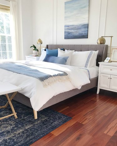 Blue and white zen bedroom ideas