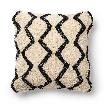 "Better Homes & Gardens Abstract Diamond Shag Throw Pillow, 18""x18"""