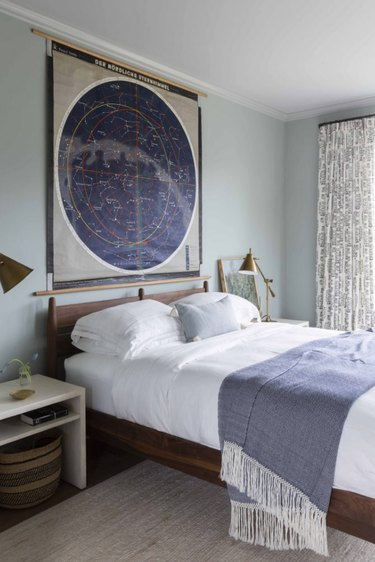 bedroom lighting ideas with task lamps on nightstands