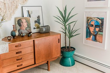Turn two hanging planters into one cool retro-inspired pot.