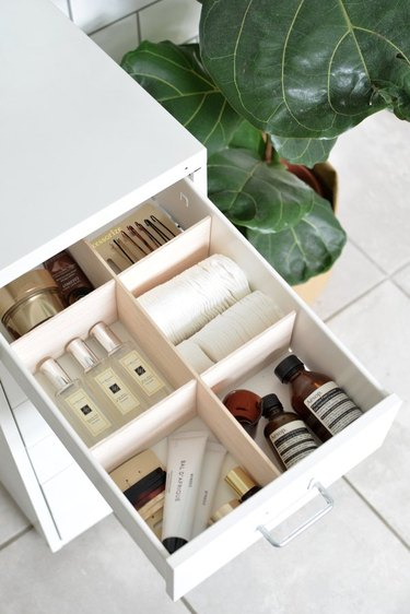 DIY storage ideas for small bedrooms drawer dividers