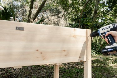 Assembling wood planter box with HART power drill