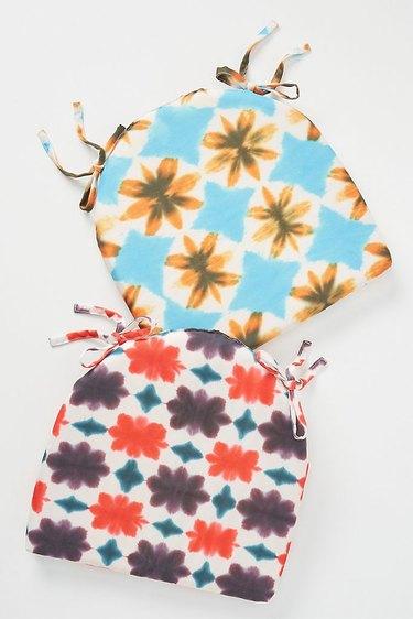 tie-dye seat cushion