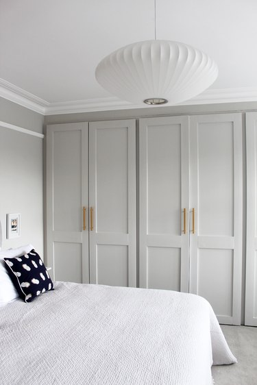 Minimalist modern closet door ideas for bedrooms