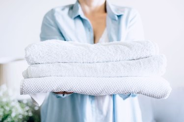 Natural ways to whiten bath towels