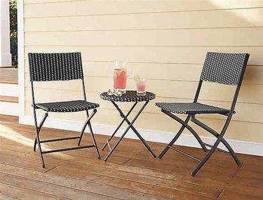 wicker folding patio chair