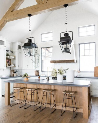 traditional kitchen lighting with lantern style fixture over island