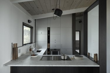 small kitchen decorating ideas in minimalist space