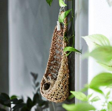 Botanisk Hanging Storage, $12.99