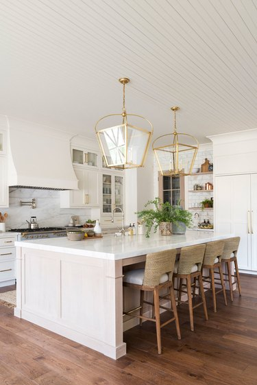 Wood and marble traditional kitchen island