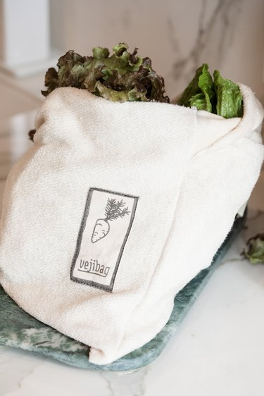 Cut down on plastic at home: veggie storage bags