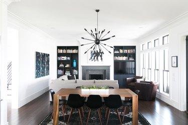 black-and-white living room idea