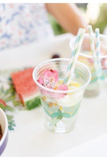 drinks with striped straws