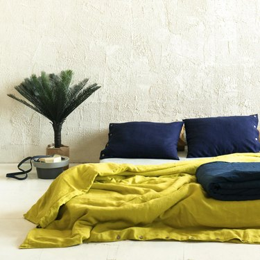 chartreuse color idea with bedding
