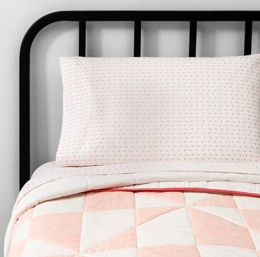 quilt with pillow