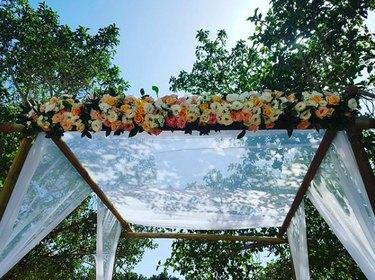 floral chuppah