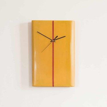 Salty Wall Clock Bolge 15T
