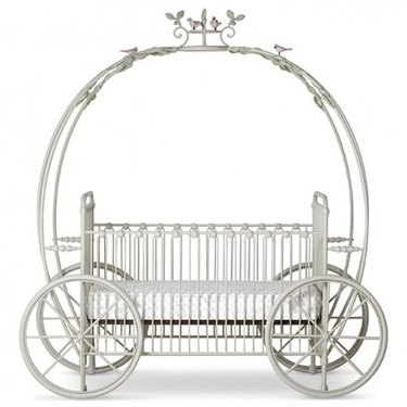 Cinderella's Princess Carriage Crib with Garland