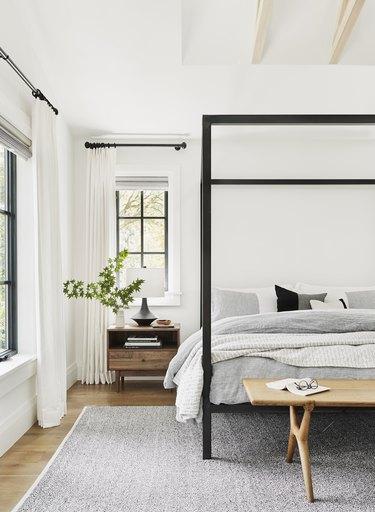 Bedrooom layout ideas from interior designers