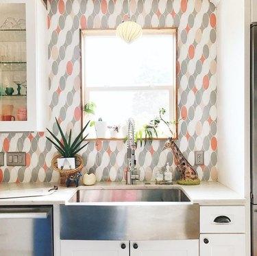 patterned kitchen backsplash in boho white kitchen