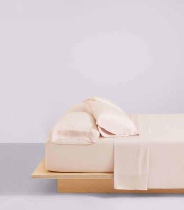 Blush sheets