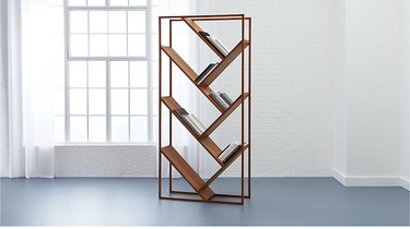 room divider idea for the living room with bookcase for books