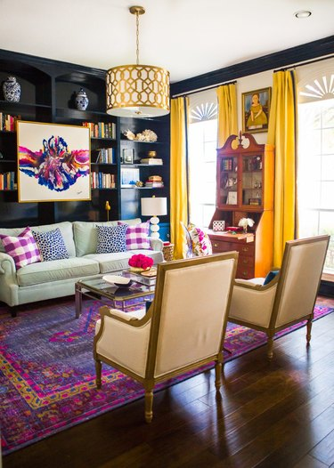 Yellow and purple complementary colors in modern traditional living room