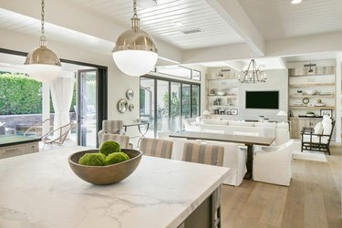 Coastal Decor ideas white shiplap ceiling