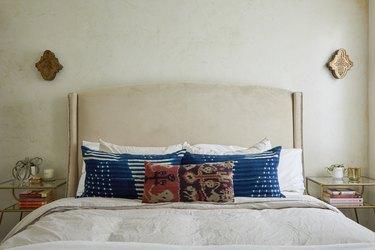 Middle Eastern-inspired bedroom