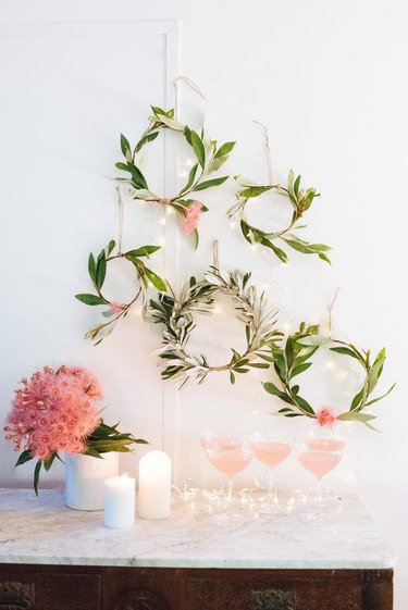 Christmas wreath DIY gallery wall by Collective Gen