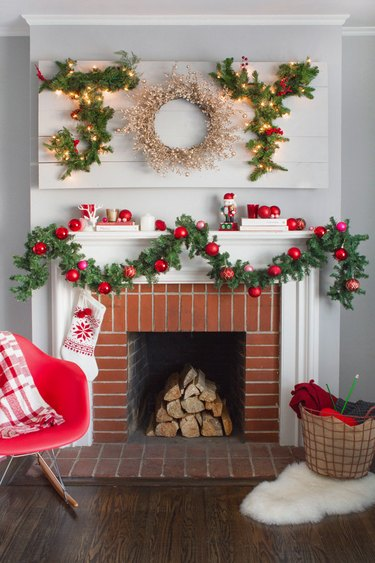 DIY joy Christmas wreath by Oh Happy Day