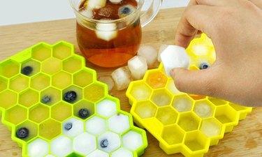 DIY Happy Ending 37-Cavity Square Honeycomb Ice Tray
