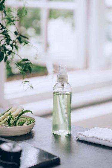 Lemongrass cleaner