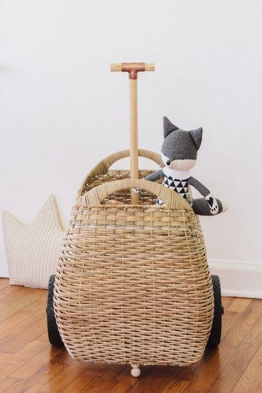 DIY luggy basket