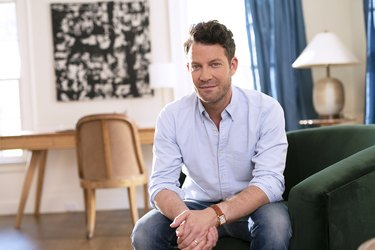 photograph of Nate Berkus in a living space