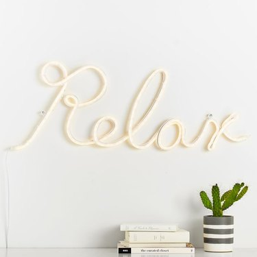 8 Adorable Neon Signs That Will Brighten Up Your Dorm Room