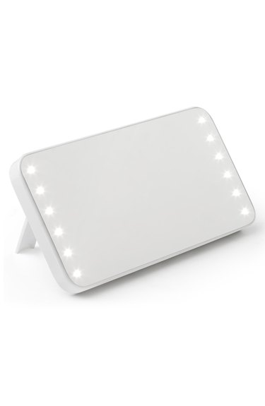 portable lighted mirror