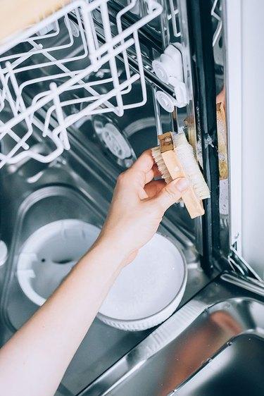 Clean rubber trim of dishwasher