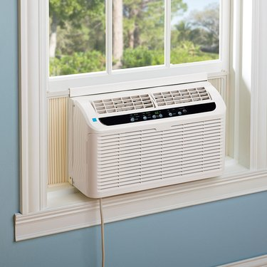 The 10 Best Window Air Conditioners, According to Reviewers
