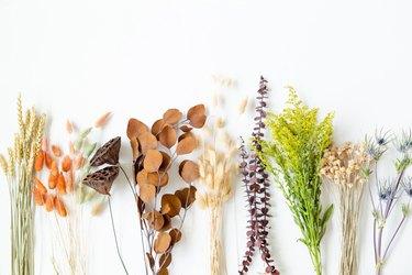 Thanksgiving Dried Floral Arrangement DIY