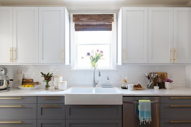 The kitchen cabinets.