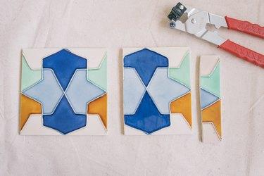 Ceramic tile cut with handheld tile cutter