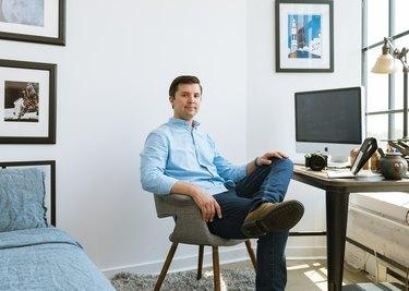 Max Grudzinski at home